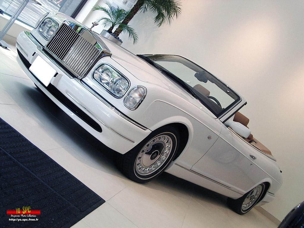 17_Rolls-Royce-Corniche5.jpg