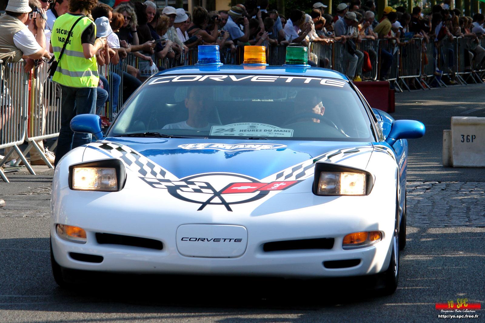 24h Du Mans The Parade Of The Pilots